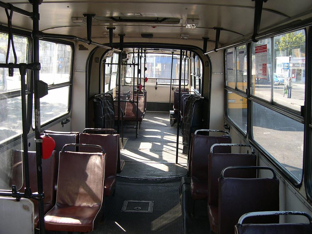 JOY-216 utastér.