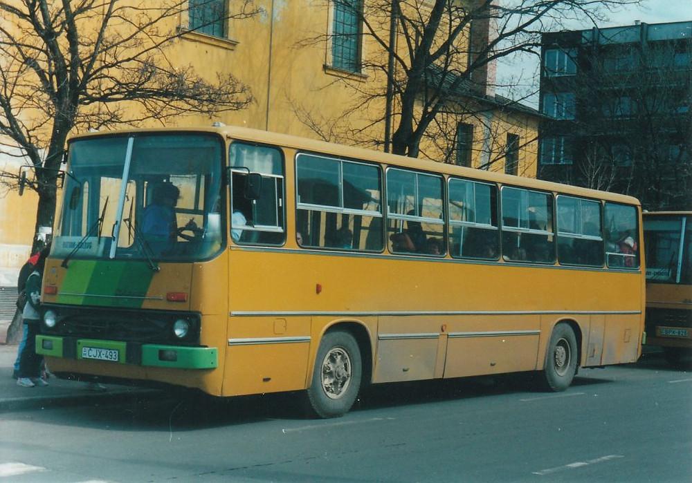 A CJX-493 még sárgán zöld csíkokkal. Fotó: Babiczky Ákos