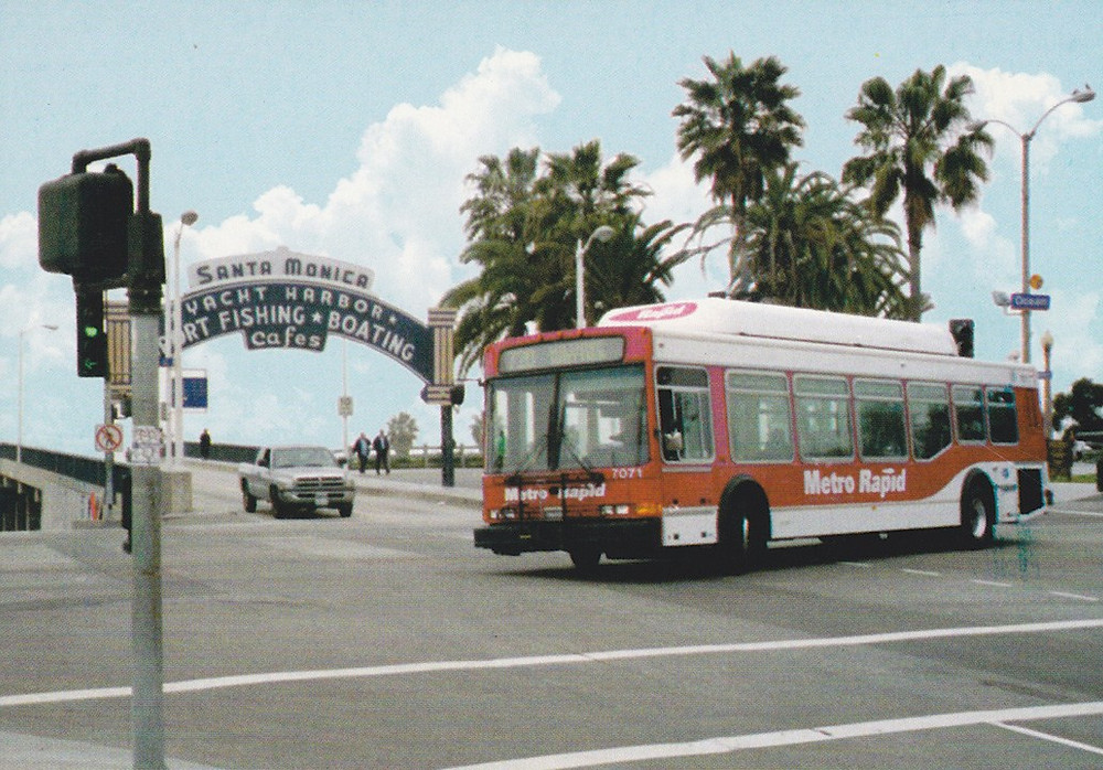 2000_40lfw-cng_metropolitantransportationauthority_la_2.jpg