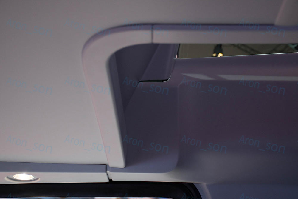 neoplan_skyliner_1.jpg