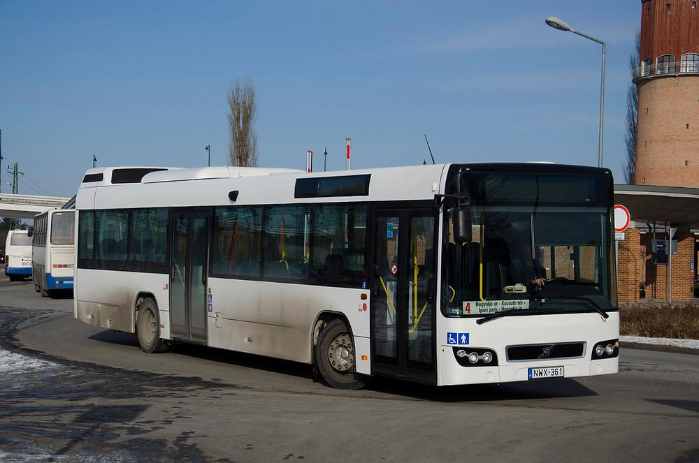 A Volvo 7700-ból is két példány üzemel (NWX-361) Fotó: Aron_son
