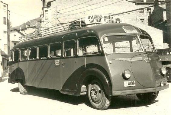 bussen-autocar-isobloc-bus-1940s.jpg