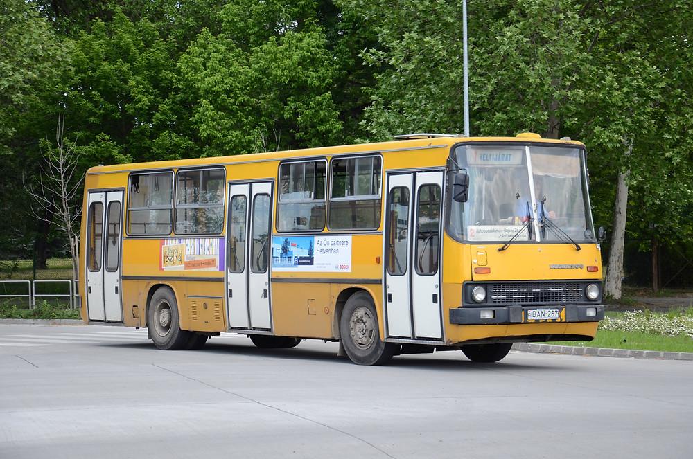 Az ex-Kisalföldes BAN-267 2002-től 2012-ig szolgálta a város közlekedését. Fotó: Aron_son