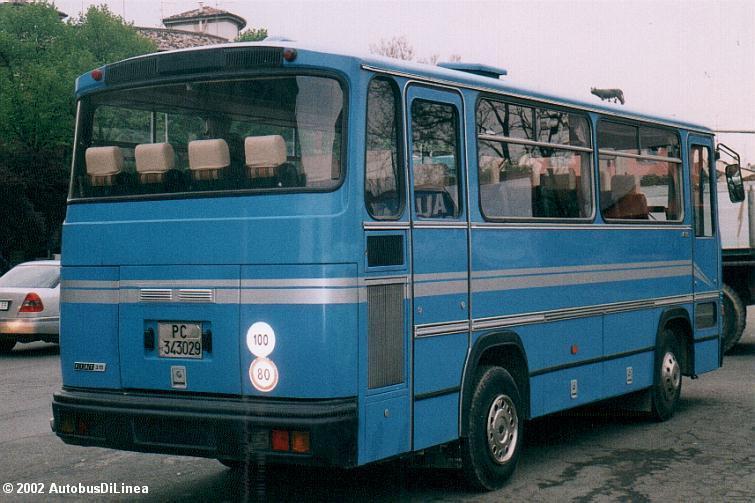 Az 5-ös változatot valósították meg az Iveco 315.8.17 Turbo autóbusznál. Még egy keskeny hátsó ajtónak is maradt hely. Kép forrása: internet