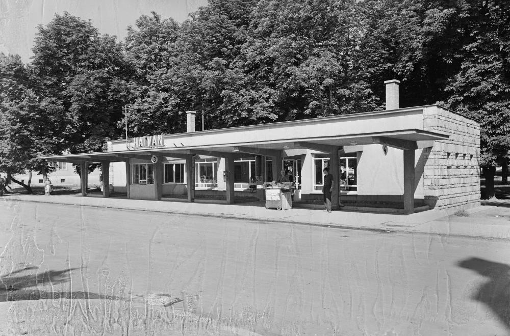 Az autóbusz állomás 1960-ban. Kép: fortepan.hu