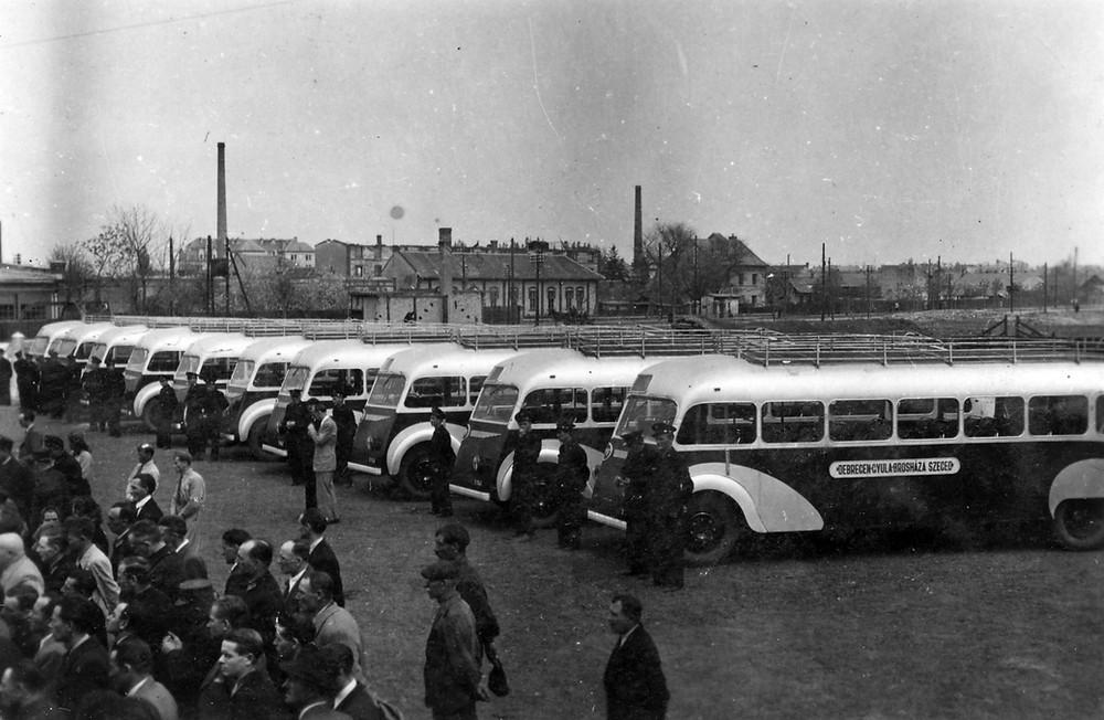 10-uj-autobusz-felavatas.jpg