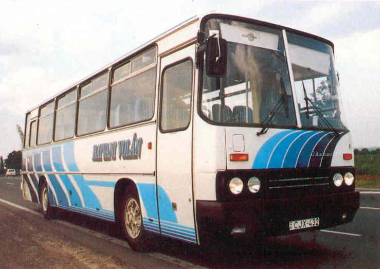 CJX-432 (gyártási év:1981) a 90-es években. Fotó: Hatvani Volán prospektus