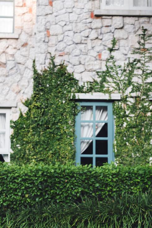 house-residence-mansion-estate-property-
