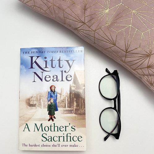 A Mother's Sacrifice - Kitty Neale