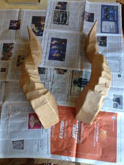 3-foot horns