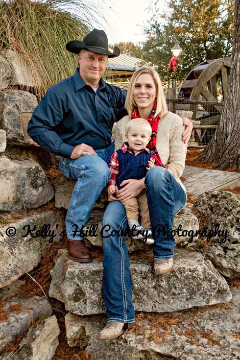 KellysHillCountryPhotography-Fiedler FamilyKellysHillCountryPhotography-FiedlerFamilyPortraits-28.jpeg