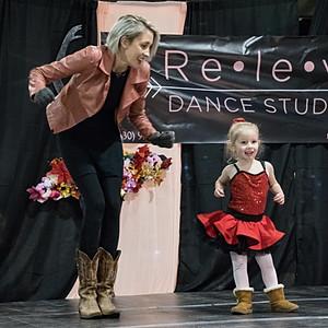 Releve Dance Studio's Christmas Art Extravaganza
