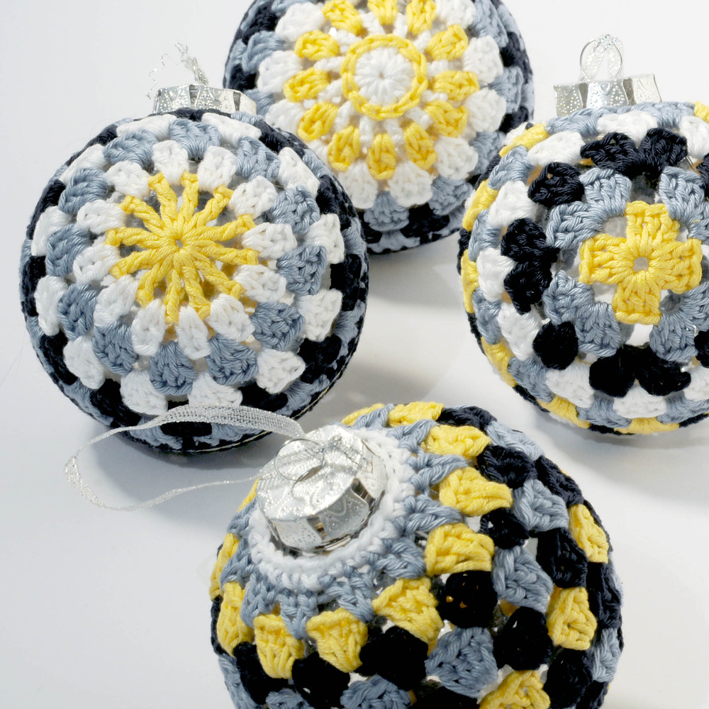 Crochet Christmas baubles
