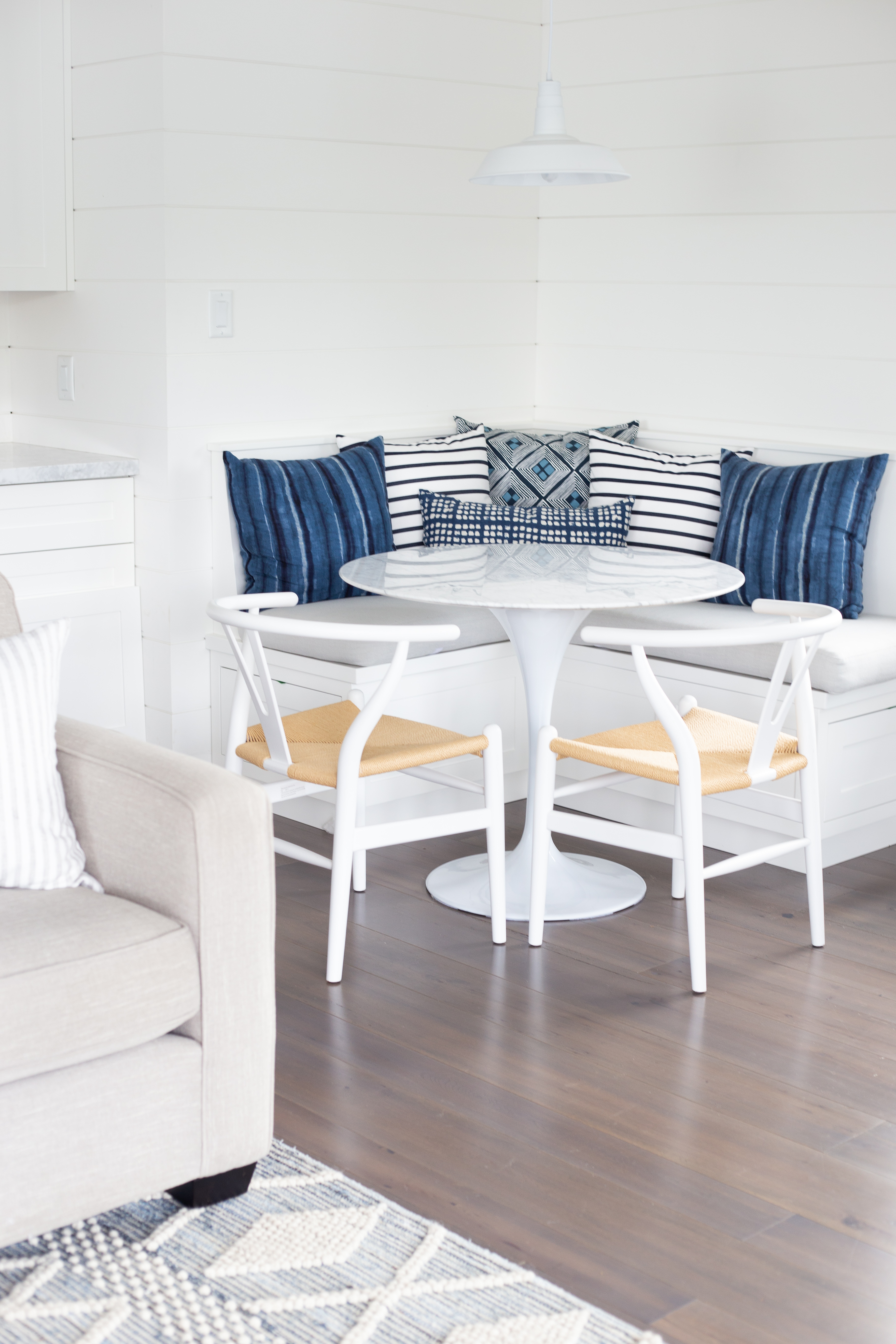 banquette with blue pillows