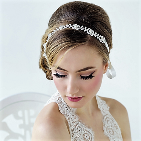Bride wearing a vintag crystal hair band