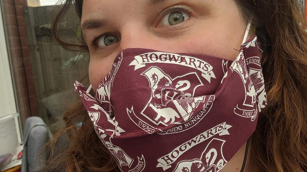Hogwarts Maroon Crest