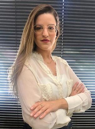 Amanda Oliveira.jpg