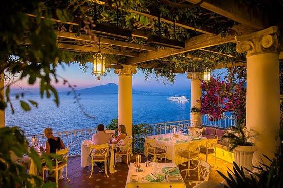 ristorante terrazza delle sirene.jpg