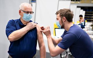 我們等得起合規疫苗啦!—談病毒溯源、疫苗篩選與抗疫戰略