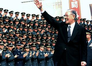 用古早民調緬懷李登輝前總統