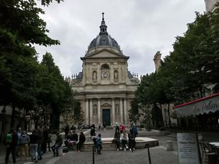 從法國看台灣的大學自治