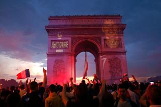 法國國慶與世界盃奪冠後的陰影