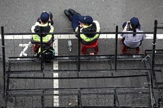 吳忻穎/被轉彎的警察尊嚴:遇到政治,就拿出次元切割刀的「老師」
