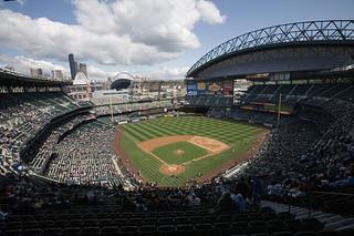 公共資金要用在棒球場或是合宜住宅?西雅圖的兩難