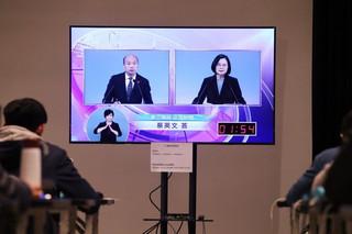 陳方隅/總統辯論會後:事實查核興起,與台灣民粹主義危機