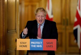 超前部署或混亂無方?英國防疫政策爭議