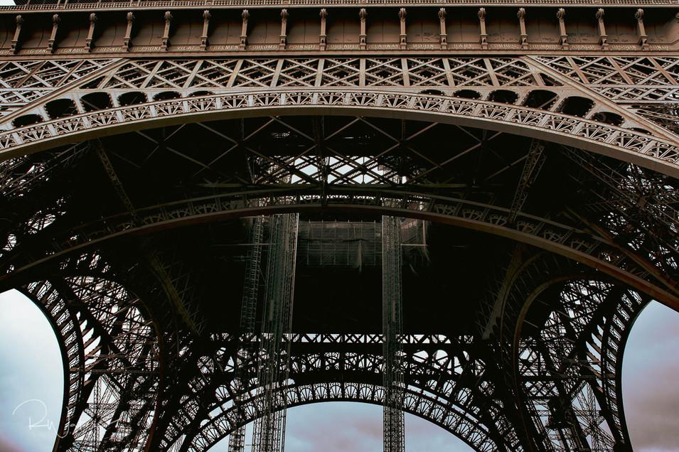 Tour Eiffel Under Construction