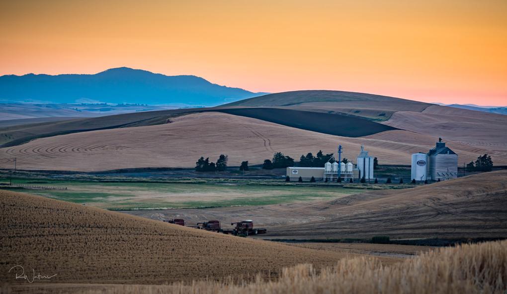 Sunrise on the Palouse Valley