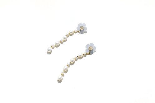 Fava mini dangle with pearl