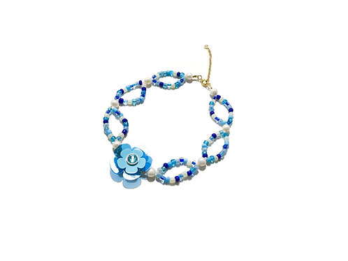 Poppi fava choker - Light blue