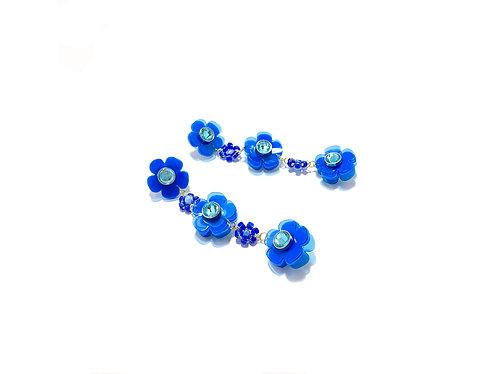 Beadi flofa mini earring in electric blue