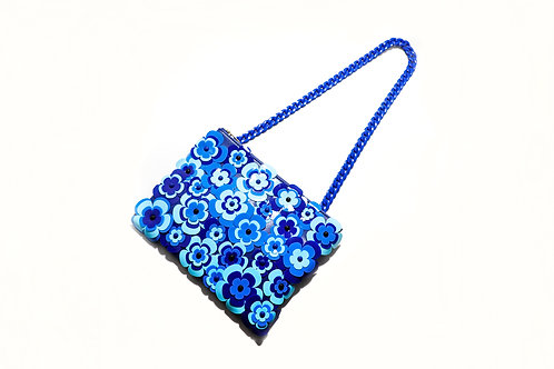 Fava clutch bag with chain