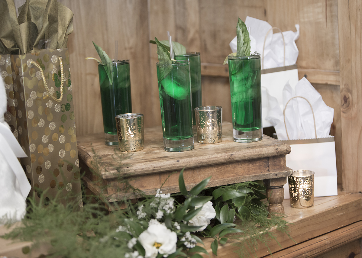 A styled shoot at the Hermosa Inn, styled by Meant 2 Be Events, photographed by Rachel Leintz Photography