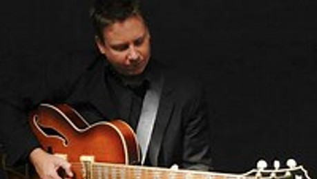 Playtime presents: Kevin MacKenzie Trio