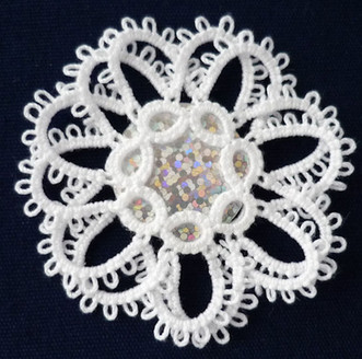 Flower with overlapping chains and SR at