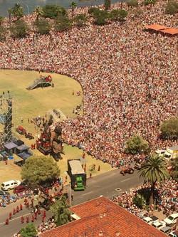 Giants Crowd