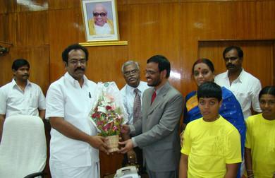 श्री थंगम तेनारासु, पूर्व शिक्षा मंत्री, तमिलनाडु द्वारा २००७ में सराहना