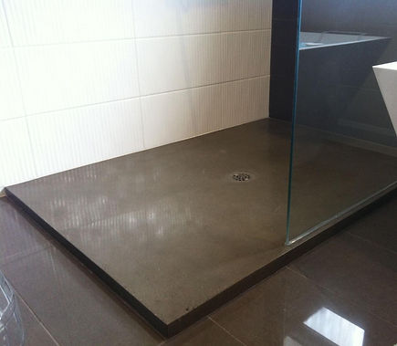 Base de douche en béton