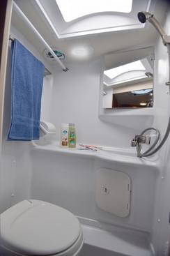 lance-truck-camper-650-bath2-2019.jpg