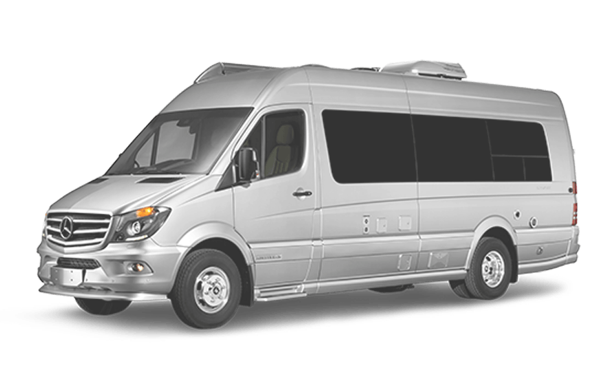 2018-Touring-Coach-360-Front-3-Qtr-Stree