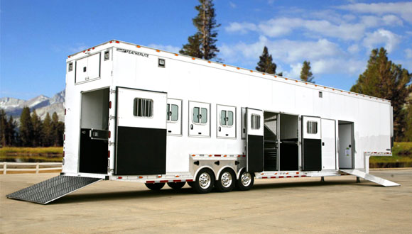 ranch-luxury-horse-trailer-main.jpg