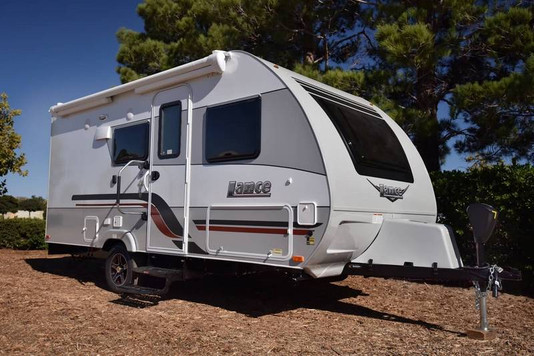 travel-trailers-1575-ExT1-2019.jpg