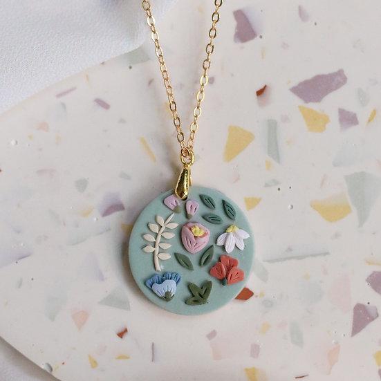 Garden Bloom Circle Necklace in Celadon