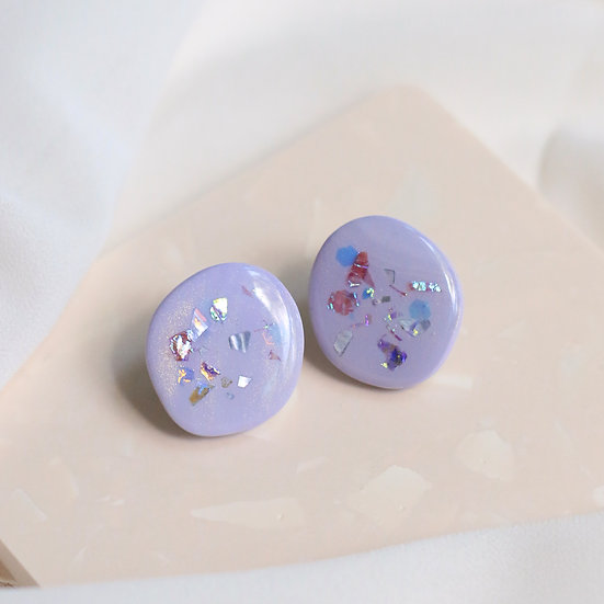 Shoreline Stone Studs in Thistle