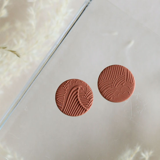 Waves Rust Circle Studs