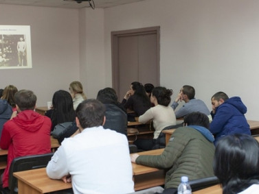 Representative of Holocaust family delivered a lecture to Georgian students.
